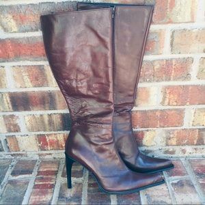 Vera Gomma Brown Knee High Heeled Boots